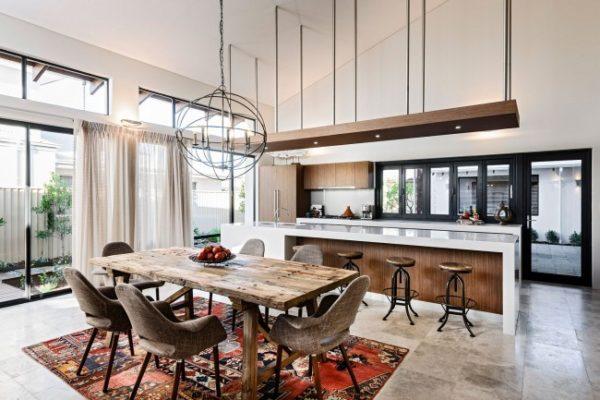 Еще один интересный вариант зонирования кухонного пространства