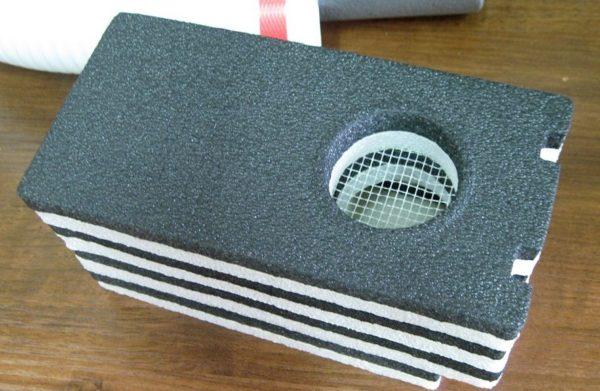 Фильтр и москитная сетка помогут избавиться от основных загрязнений
