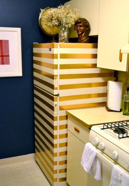 Золотой скотч в помощь для декора холодильника