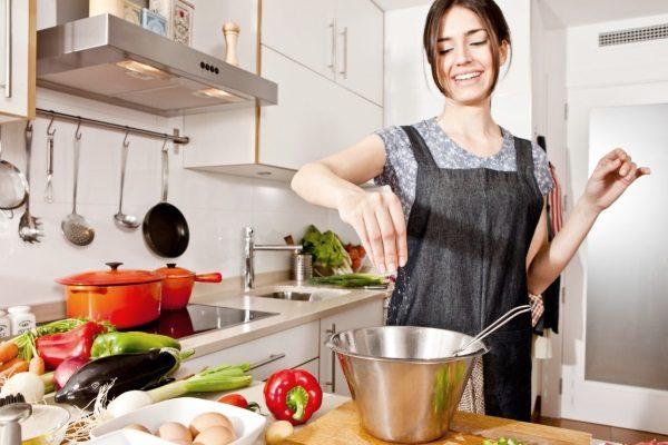 Кухонные гаджеты могут помочь в готовке пищи