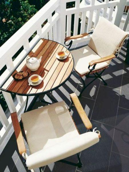 Балкон - прекрасное место для завтраков