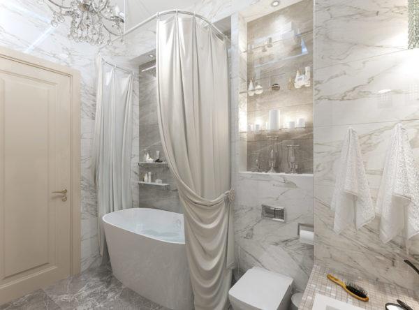 Светлая и просторная ванна