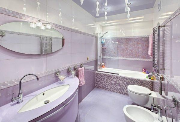 Сиреневый цвет в интерьере ванной комнаты