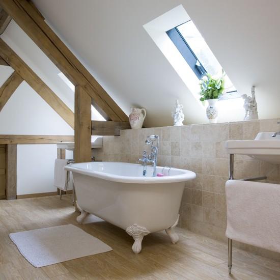 Ванная комната на мансарде - отличное решение