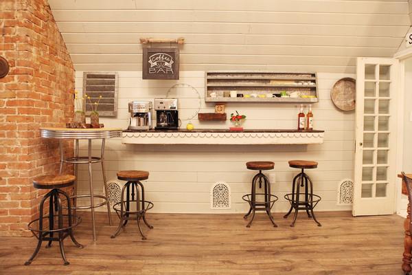 Мини кофе-бар на большой кухне