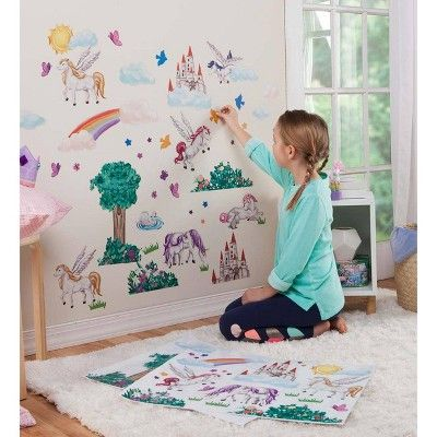 Привлечение ребенка к украшению своей детской комнаты