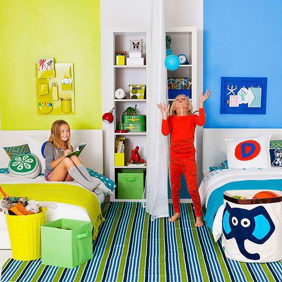 Правильное зонирование комнаты для разнополых детей