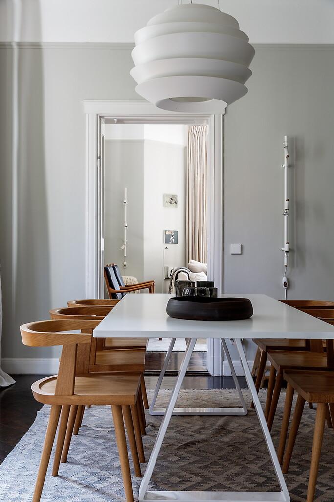 Лаконичный дизайн столовой