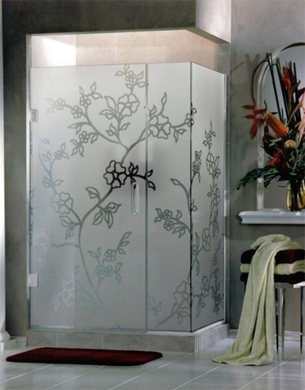 Рисунок + матовая поверхность = потрясающий результат декора душевой кабины
