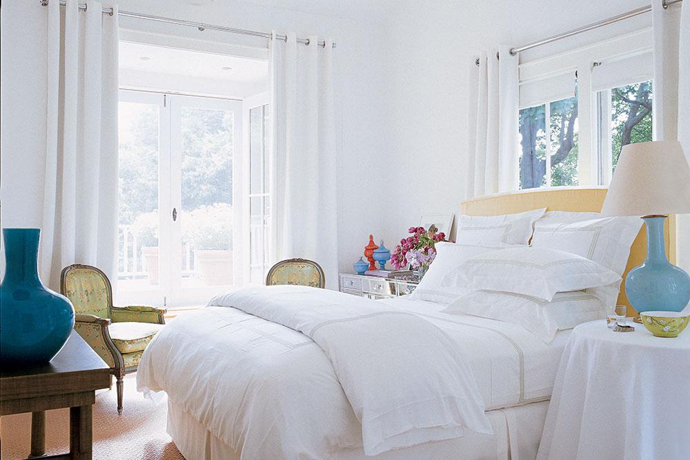 Потрясающая белоснежная спальня