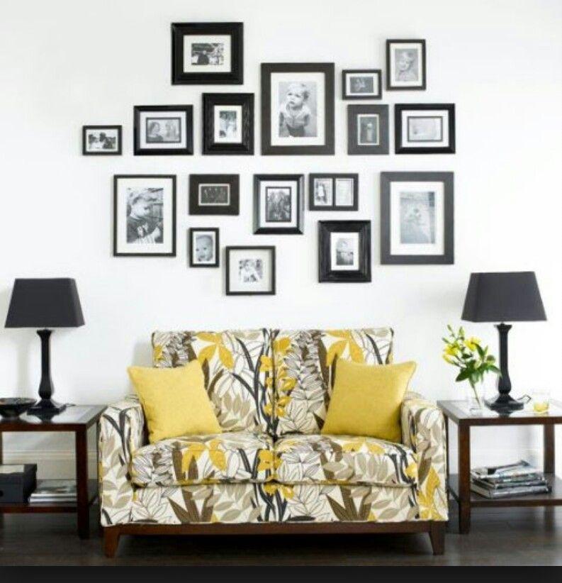 Декор стен при помощи небольших семейных фотографий