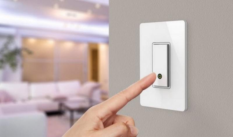 Важный фактор экономии электричества - это своевременное выключение света