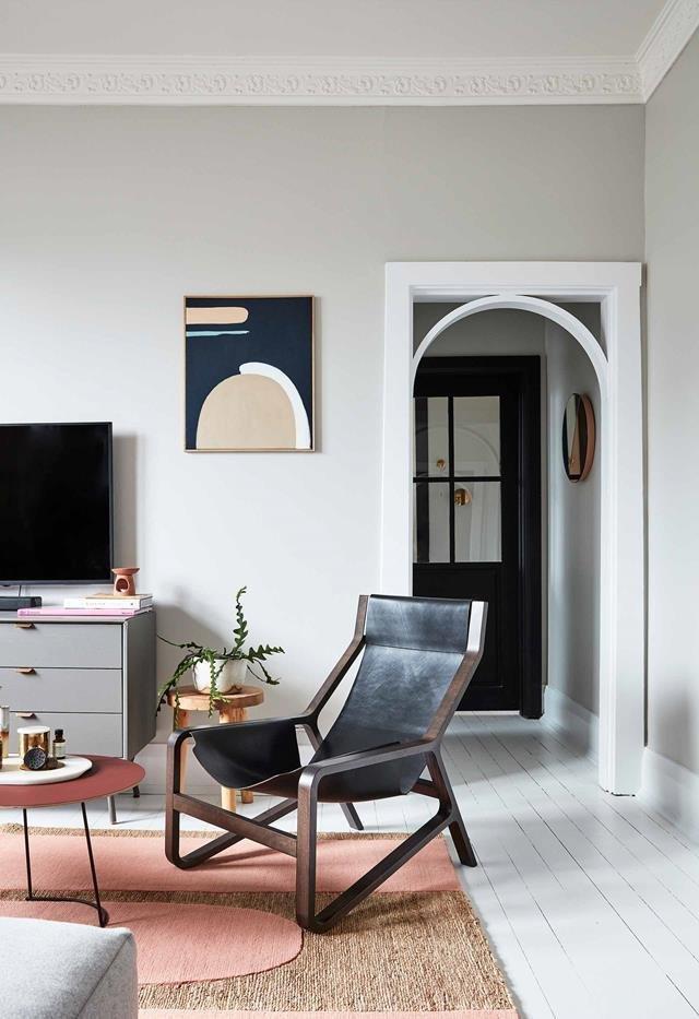 Очаровательный интерьер гостиной комнаты