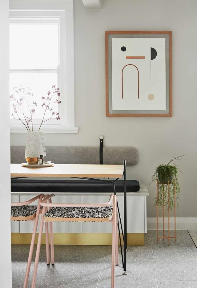 Прекрасное сочетание предметов декора и мебели