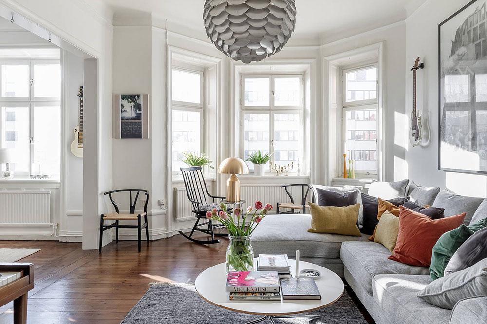 Преобладание летних украшений в дизайне квартиры