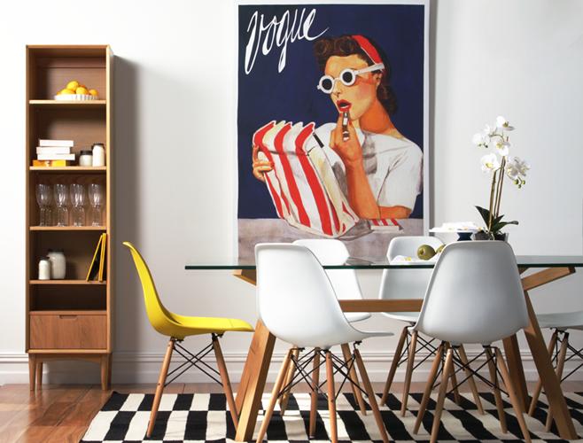 Интерьер столовой с использованием дизайнерских вещей