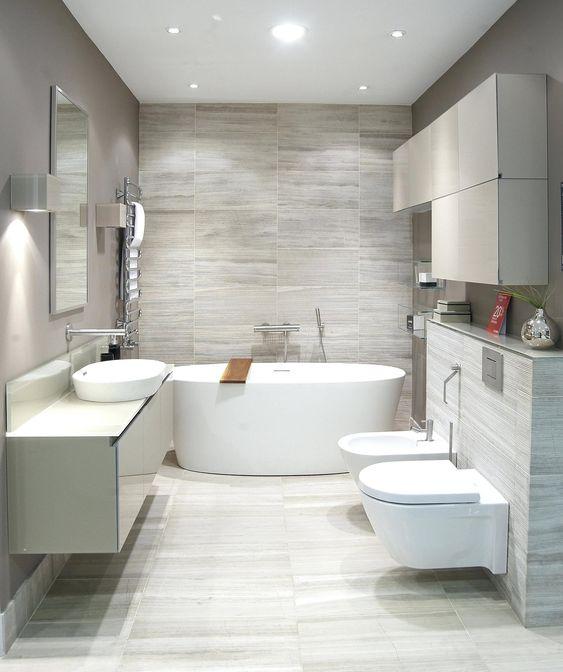Белая ванная - это скучно и однообразно