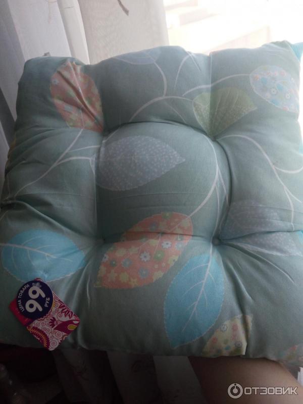 Декоративная подушка для стула