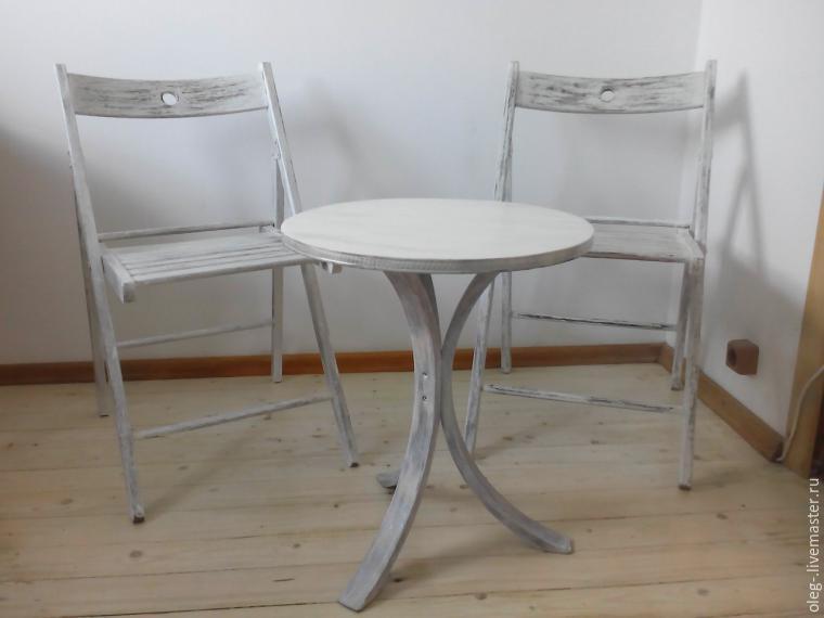 Преображение старого стула с эффектом винтажности