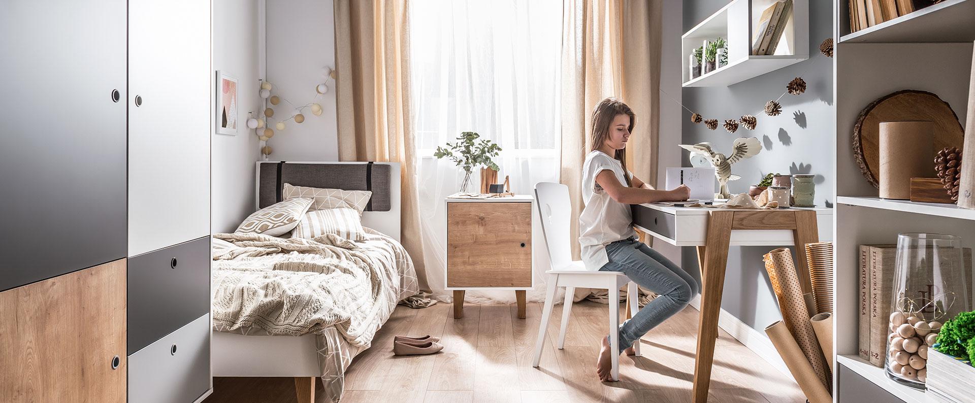 Спокойный интерьер спальни для девочки подростка