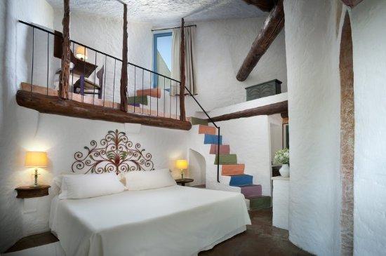 Итальянский номер с полноценным рабочим кабинетом на полуэтаже
