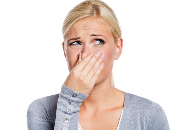 Неприятный запах в квартире - это главная проблема