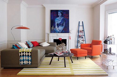 Излишняя симметричность в интерьере гостиной