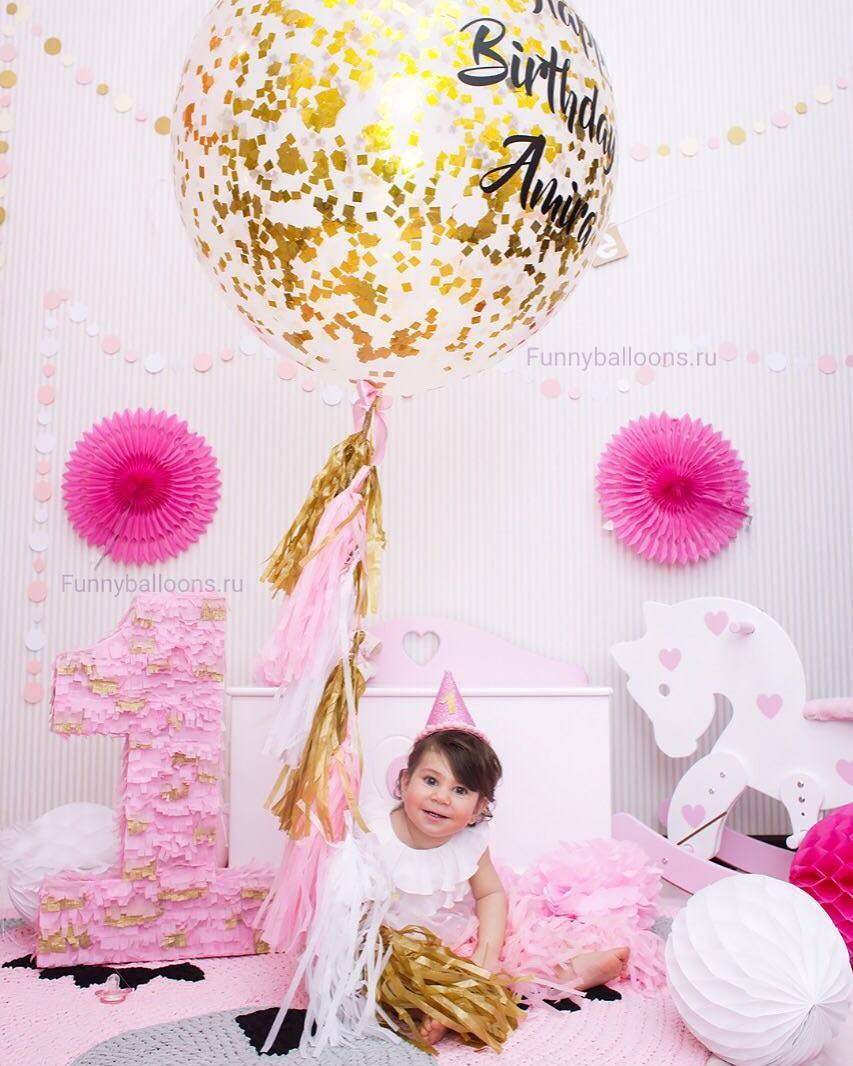 Воздушные шарики - отличная идея для украшения праздничной комнаты