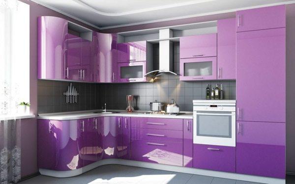 Г-образная схема размещения гарнитура в маленькой кухне