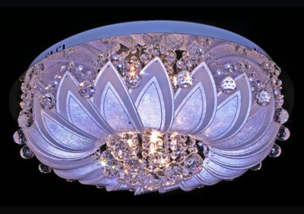 Галогеновые светильники должны быть максимально отгорожены от полотен из поливинилхлорида или ткани