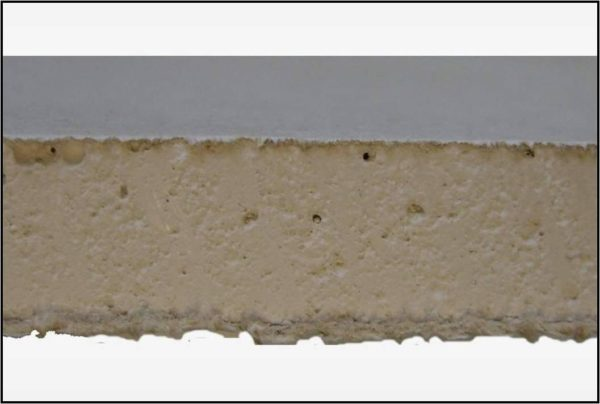 Гипсокартон — это гипсовый сердечник и оболочка из плотной крафт-бумаги. Оба материала имеют естественное происхождение и не содержат вредных веществ.