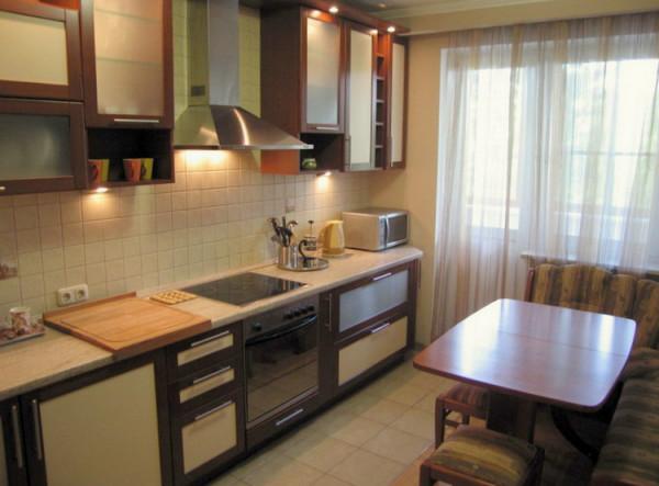 И небольшую кухню можно сделать удобной и комфортной.
