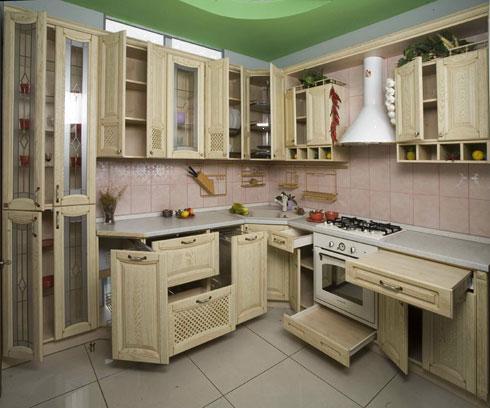 интерьер кухни с печкой