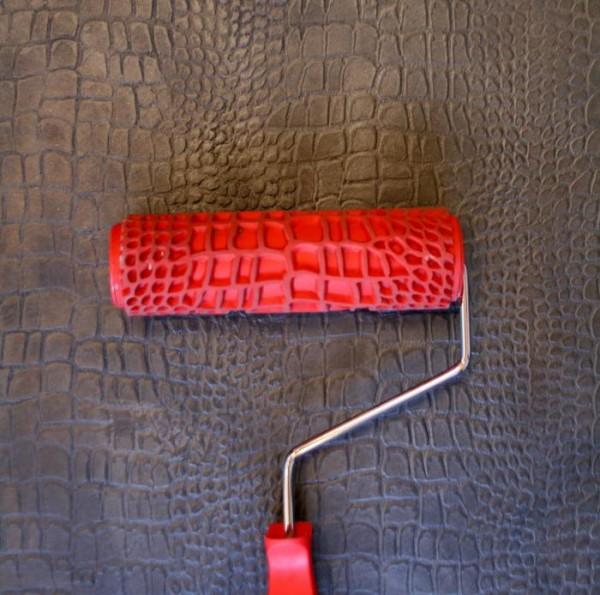 Использование валика для рельефной обработки