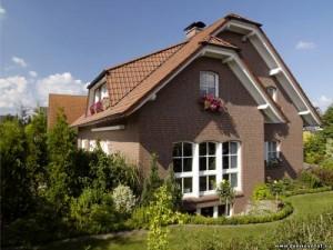 Как отделать дом сайдингом