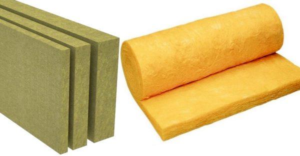 Каменная вата может продаваться как в виде плит, так и в виде рулонов