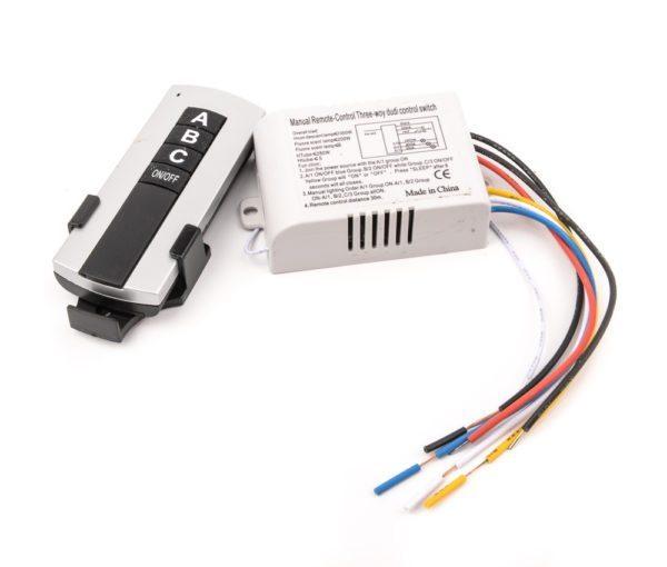 Контроллер для дистанционного управления освещением, работающий от радиосигнала может располагаться и вне пределов видимости