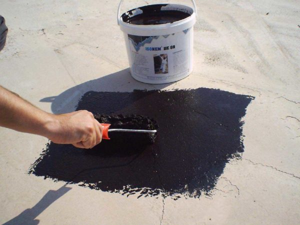 Мастики на основе битума используются в основном при черновой обработке