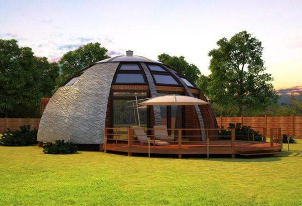 Многие считают, что именно за купольными домами будущее, так как они гораздо экономичнее и в строительстве, и в обслуживании