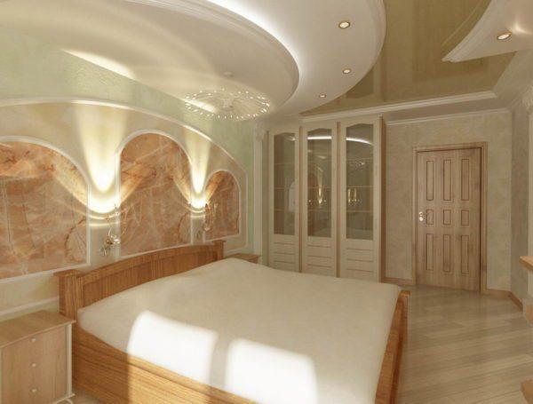 Многоуровневая конструкция позволяет разнообразить дизайн потолка
