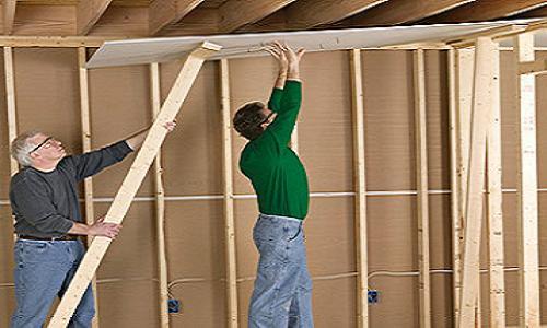 Монтаж гипсокартона на деревянный каркас применяется достаточно часто.