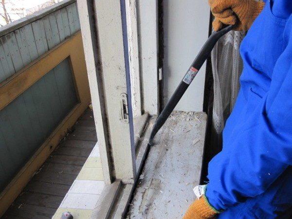 Монтировка — незаменимый инструмент при демонтажных работах