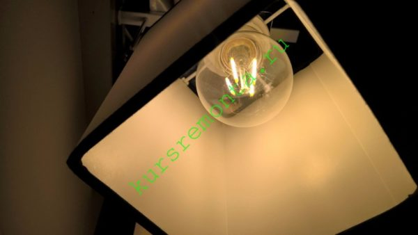 На фото — filament лампа в моем светильнике.
