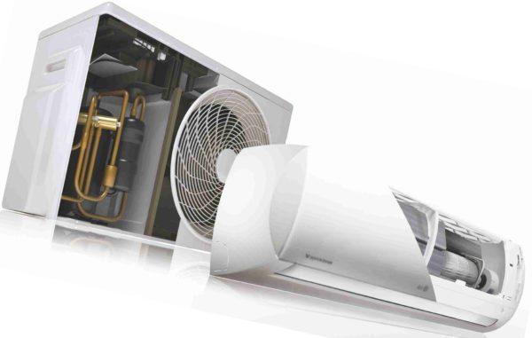 Наиболее шумные компоненты — компрессор и вентилятор для обдува внешнего теплообменника вынесены за пределы дома.
