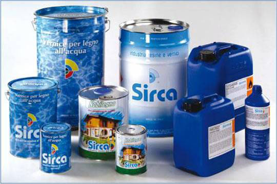 Не знаете, чем покрасить двери из МДФ? Обратите внимание на специально разработанную линейку полиуретановых эмалей от итальянского производителя SIRCA.