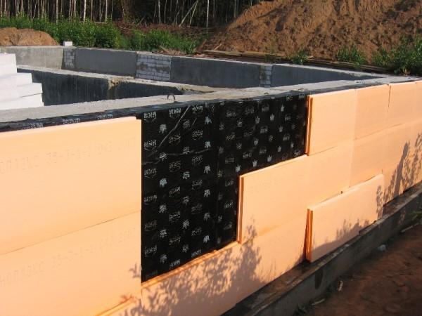 Обустройство бетонного фундамента.