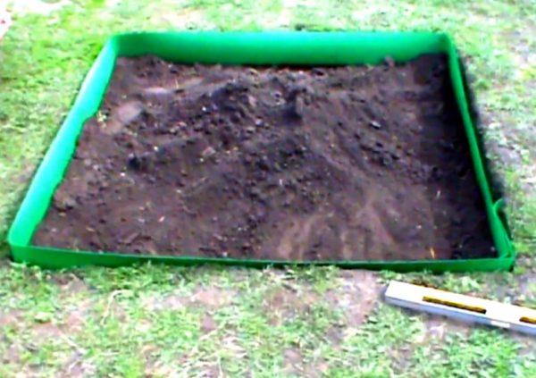 Перед установкой песочницы необходимо подготовить площадку