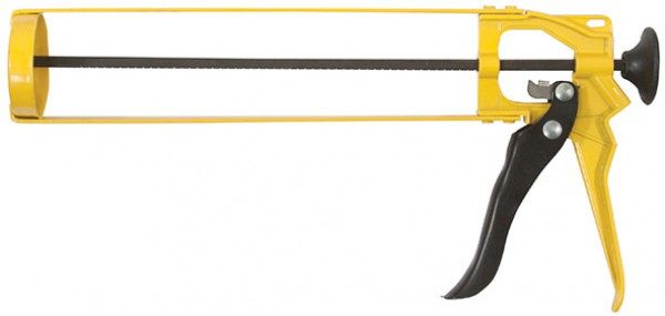 Пистолет для герметика отлично подходит для нанесения жидких гвоздей на плинтус