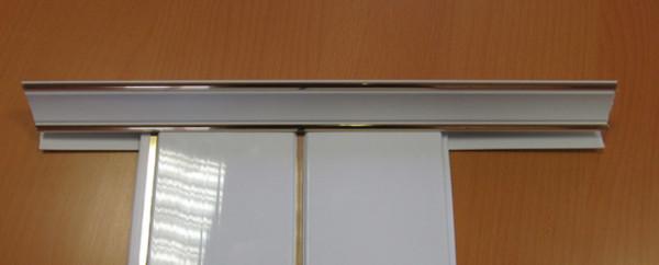 Плинтус-профиль для пластиковых панелей