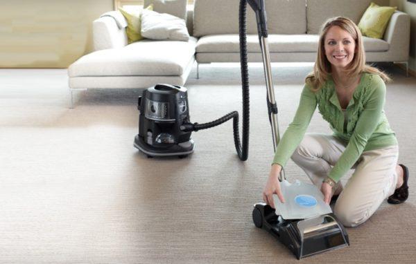 Пользуясь пылесосом с аквафильтром, вы будете уверены в чистоте своего жилища.